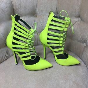 Brand New Steve Madden Lime Green stilettos